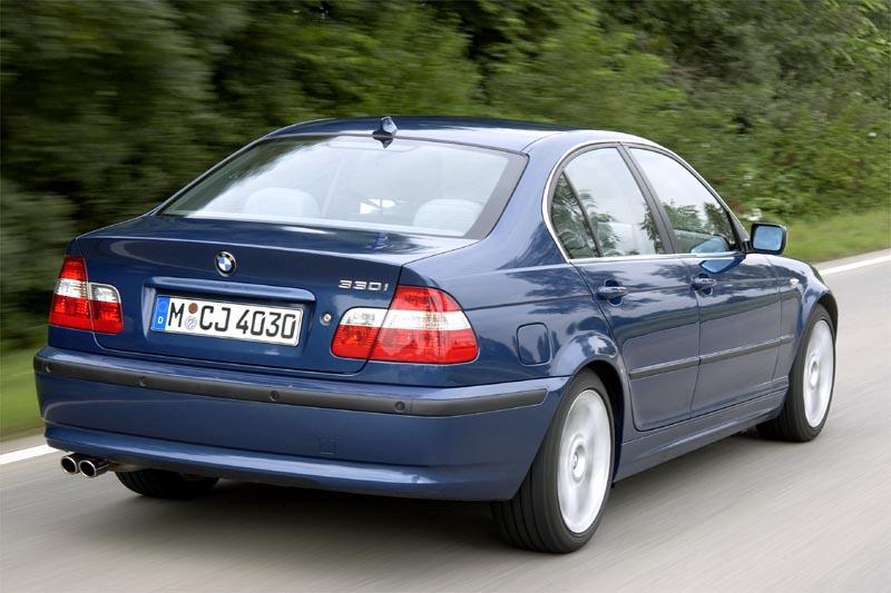 BMW 318d iz 2003., sa 196.000 km se gasi kod usporavanja