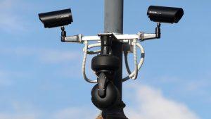 Stižu kamere koje mogu vidjeti ako tipkate na mobitel u vožnji