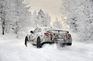 Da vas posjetimo: Zimski uvjeti na cestama – Savjeti, obaveze i kazne