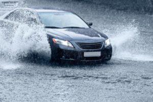 Savjeti za sigurniju vožnju po kiši