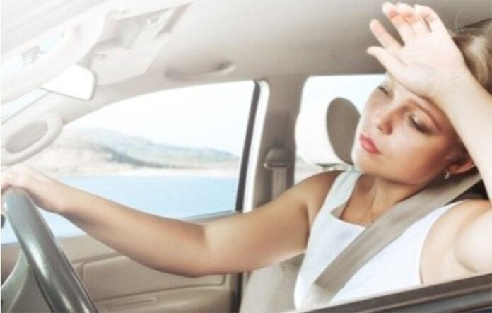 Spušteni prozori ili uključen klima uređaj u automobilu